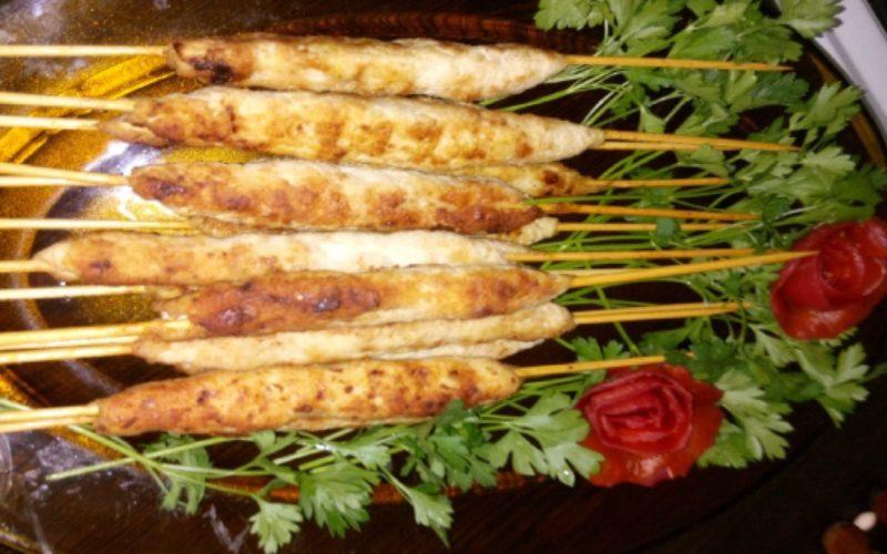 طرز تهیه کباب چوبی مرغ