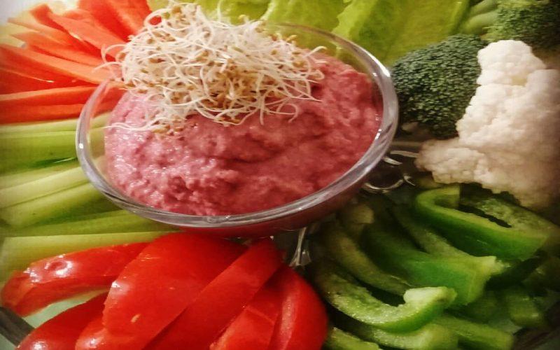 طرز تهیه حمص با سبزیجات خام